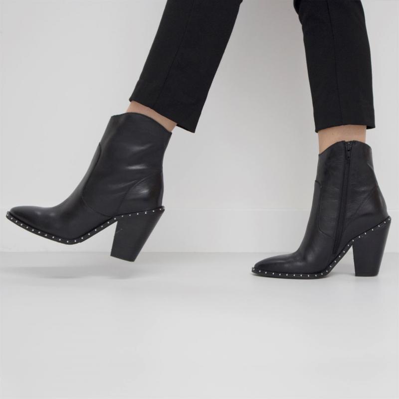 Bronx Leather Studded Ankle Boots Black Vintage