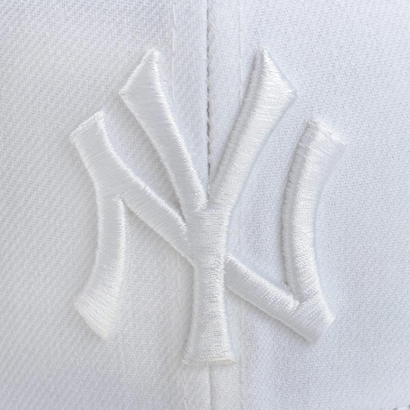 New Era Mens New York Yankees 59Fifty Cap White