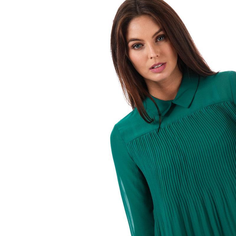Vero Moda Womens Lea Plisse Long Sleeve Top Green