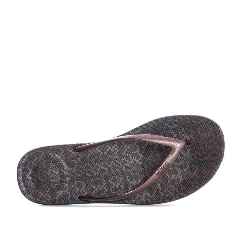 Boty Fit Flop Womens iQushion Snake Print Flip Flops Bronze