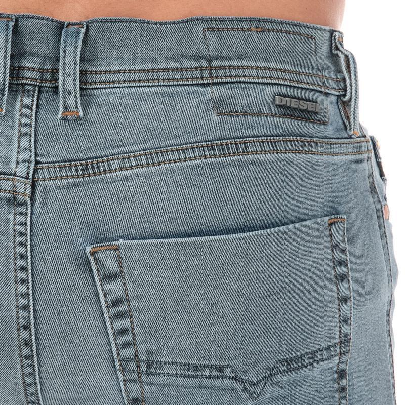 Diesel Mens Tepphar Slim Carrot Leg Jeans Light Blue Velikost - W32 S