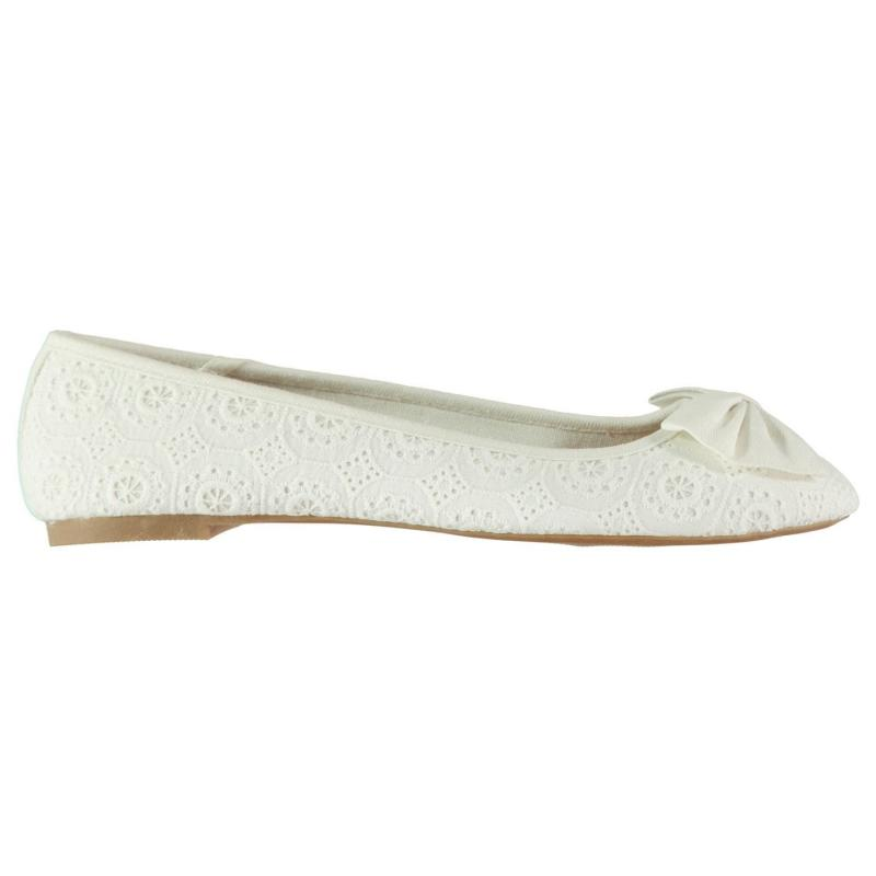 Full Circle Ladies Bow Slip On Shoes White
