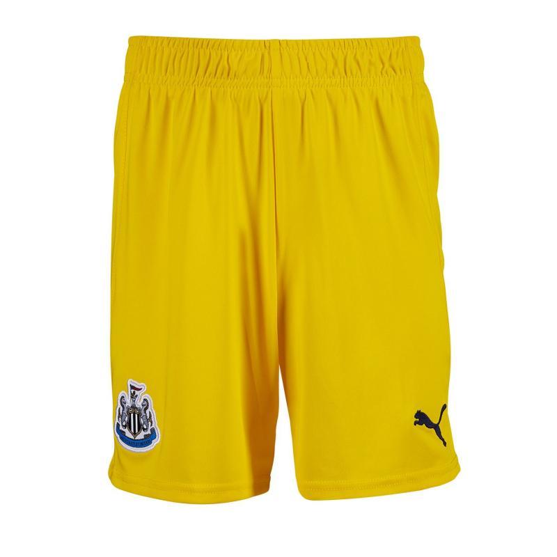 Puma Newcastle United Goalkeeper Shorts 2020 2021 Junior Cyber Yellow